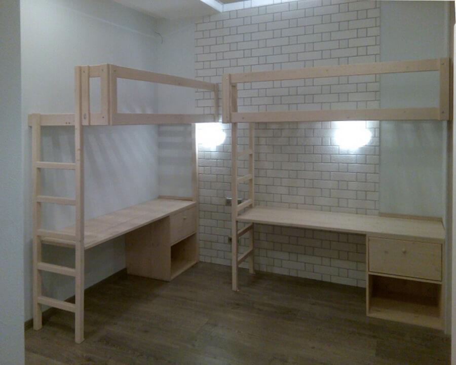 кровать-чердак с рабочей зоной для взрослых